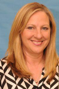 Paula Barr headshot